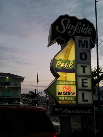 Surfside Motel: Night Hotel Sign