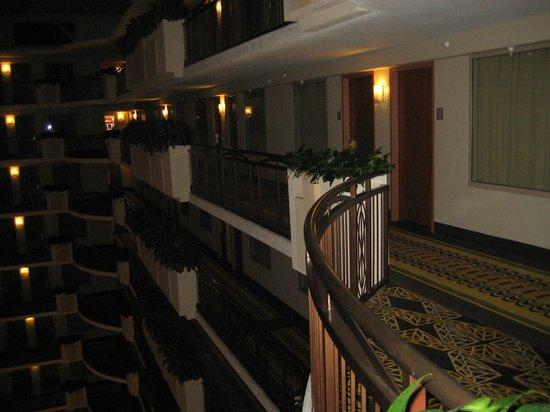 Embassy Suites by Hilton Anaheim - South : Ingången till vår svit