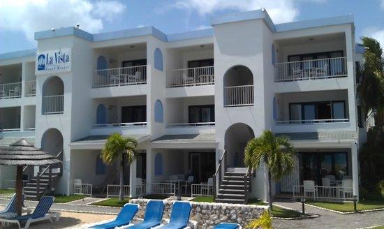 La Vista Resort: Beach Front Rooms