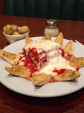 The Sandbar and Grille: Homemade Lasagna