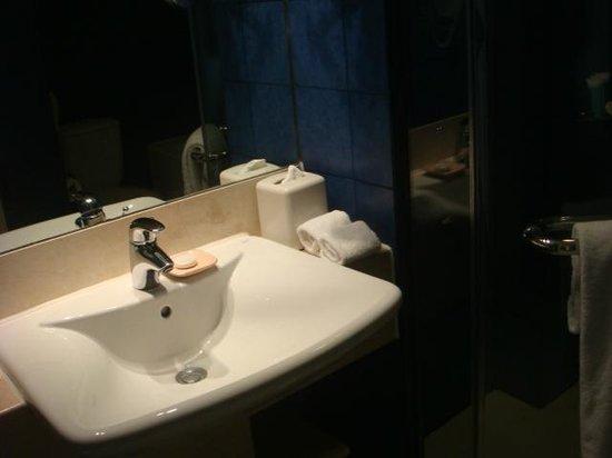 Mövenpick Hotel Mactan Island Cebu: Sink