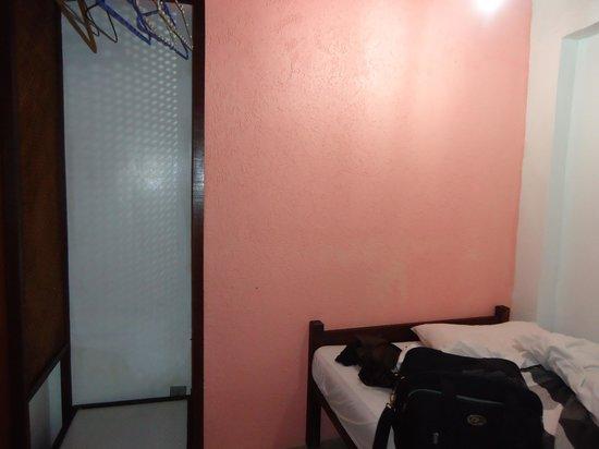 Casa da Pedra: este é o quarto de casal e cama