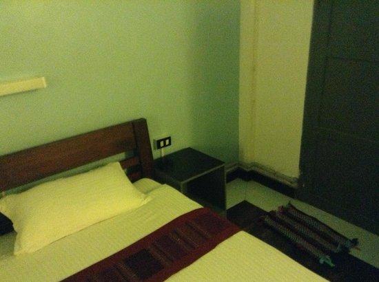 iHouse: Room Corner