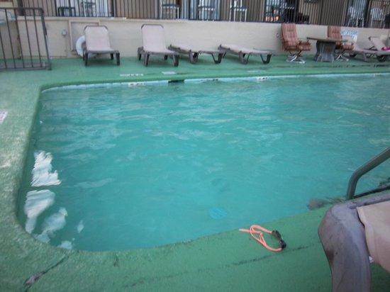 Court Capri Motel Outside Pool Hot Tub Baby