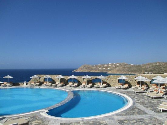 Royal Myconian Resort & Thalasso Spa Center: View of Pool