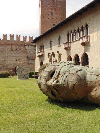 Hotel Leopardi: Museu da Cidade