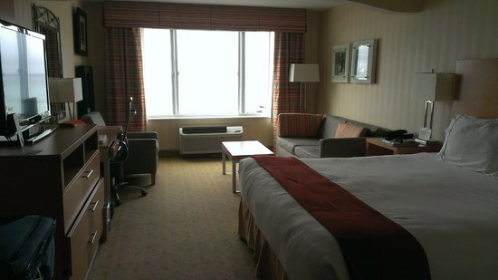 Holiday Inn Express Hotel & Suites Pacifica: Ocean view (sights AND sounds) junior suite