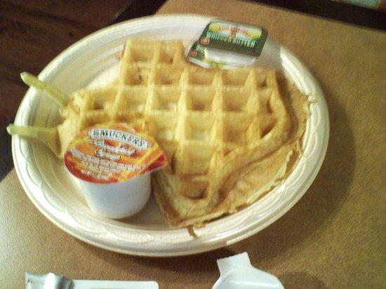 Hampton Inn Austin - Arboretum Northwest : waffles