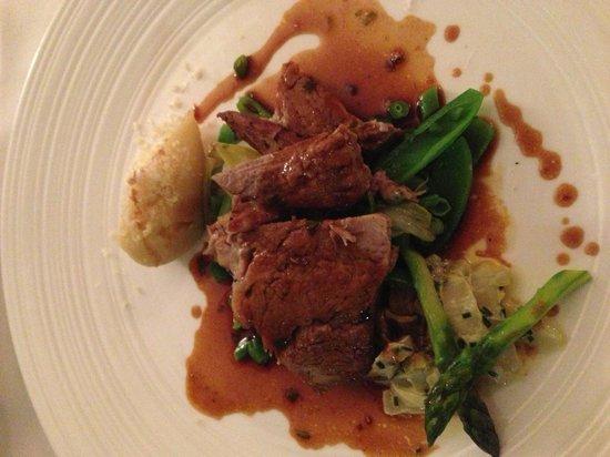 Restaurant Witlof: 4. Gang, Fleisch, Gemüse, Kartoffelmus mit Parmesan ...