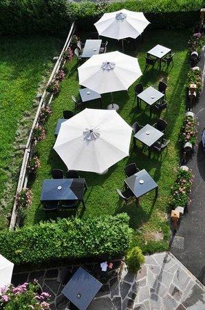 Hotel da Beppe Sello: Tavoli all'aperto