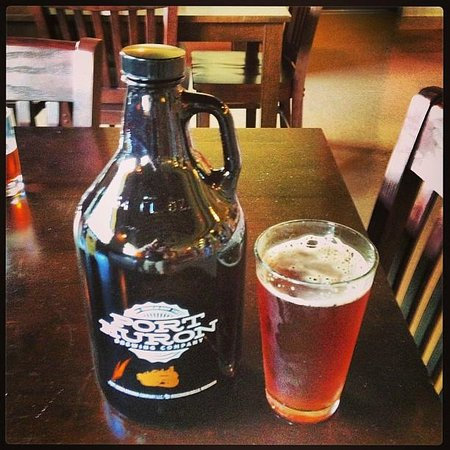 Port Huron Brewing Company: Growler and Amber Beer