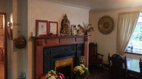 The Greenhead Country House: Dining area and fireplace