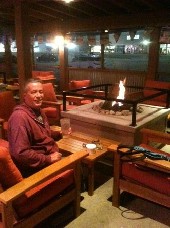 Lone Star Texas Grill: Outdoor Patio