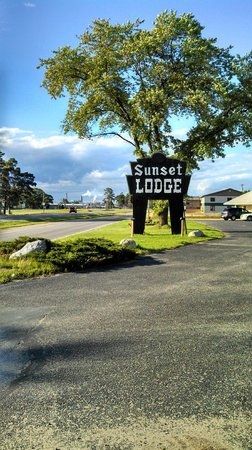 Sunset Lodge Escanaba : View from Highway - New Page Paper Mill in Background