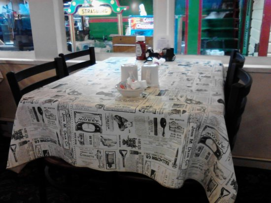 Casey Jones' Restaurant: Wifey wanted to show table cloths (vinyl) showing vintage advertising (gift shop in background)