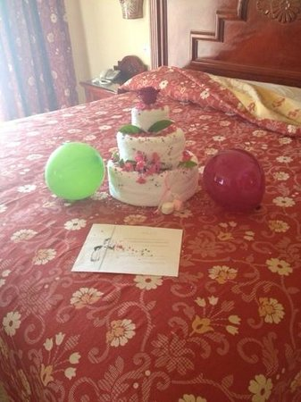 Hotel Riu Palace Cabo San Lucas: Towel cake