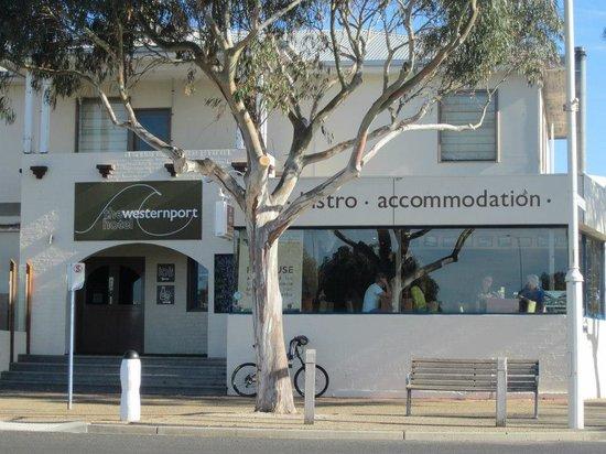 Westernport Hotel San Remo