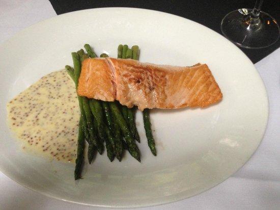 Timpano Chophouse and Martini Bar - Ft. Lauderdale: Salmon