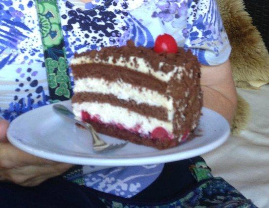 Hotel Oberland Restaurant : Black Forest Cake