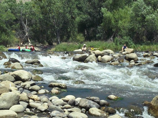Kern River: The Big Rapid - Where Few Went and Many Tipped !