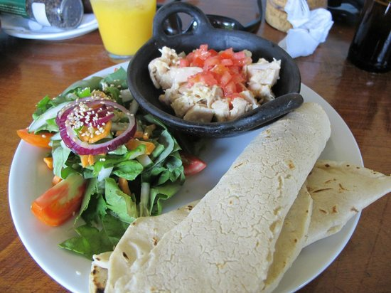 Cafe Campestre: Chicken Wrap