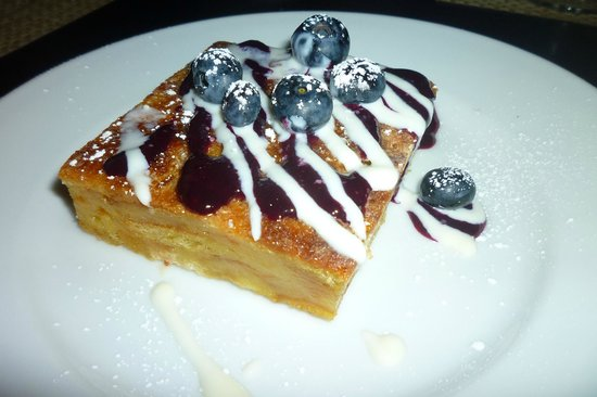 Green Street Restaurant: Blueberry Bread Pudding