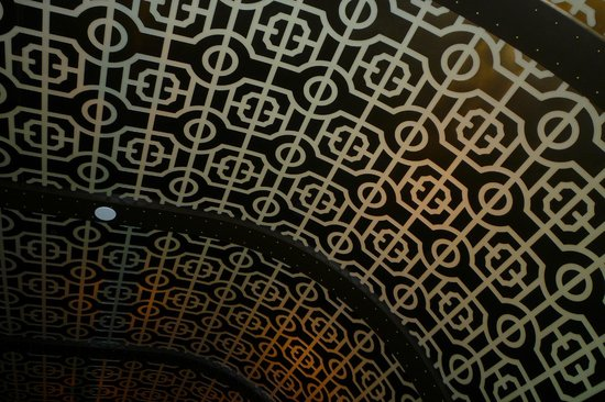 Green Street Restaurant: Ornate Ceilings