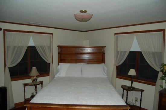 Poppy Hill Bed and Breakfast: Habitacion