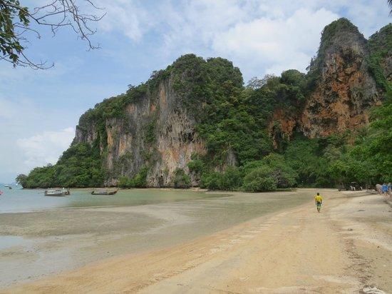Andaman Beach Hotel Phuket