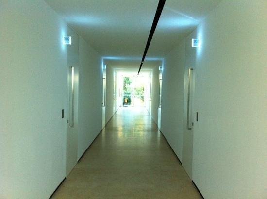 C-Hotel & SPA: Pasillo distribuidor en planta