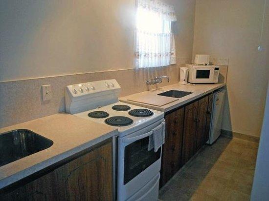 Addington City Motel: Kitchen