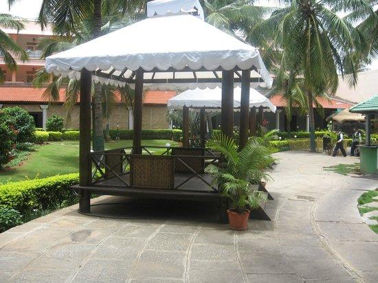 Royal Orchid Resort  U0026 Convention Centre  Bengaluru
