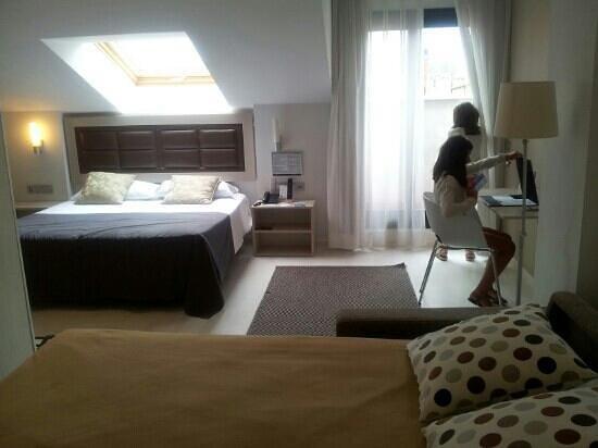 Hotel Blue Santa Rosa : bonita habitación