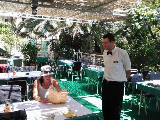 Villa Slavica : Ресторан Шумет неподалеку. Сервис - супер