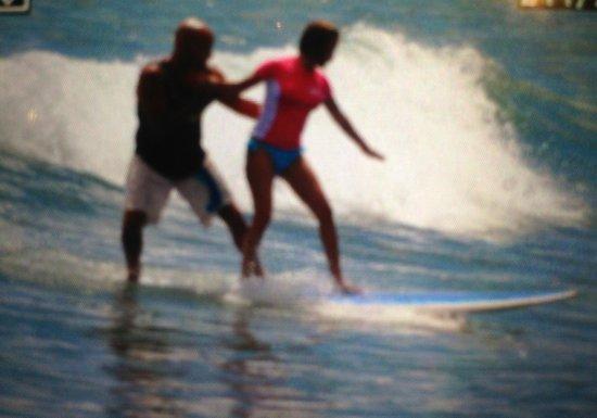 Costantino Studio: Catching swells!