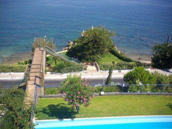 Panorama Hotel - Chania: passerelle vers la plage