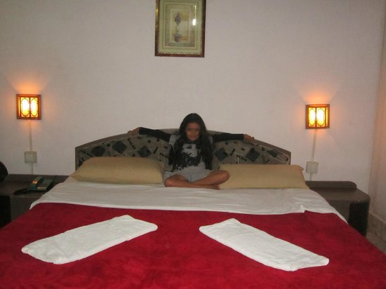 Coorg County Resort: Inside room