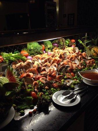 Ocean Maya Royale: Seafood