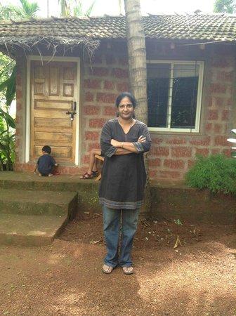 Atithi Parinay Homestay: Cottage from outside