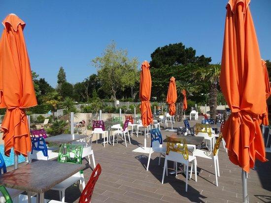 Camping du Letty : Terrasse du bar