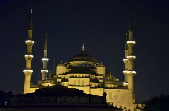 Mevlana Hotel: view from roof terrace- Blue Mosque