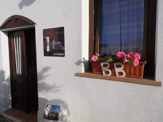 """La Casa di Rinaldo Bed&Breakfast: La """"casetta della colazione"""""""