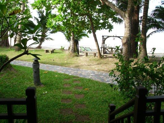 Koh Chang Paradise Resort & Spa: Ausblick von der Tersasse
