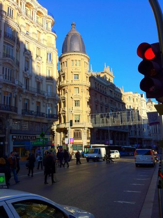 Madrid Day Tours: Gran via