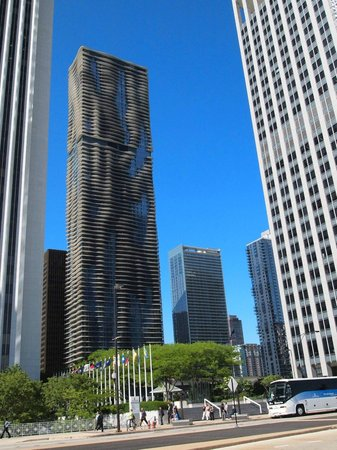 Aqua Tower Chicago All You Need To Know Before You Go