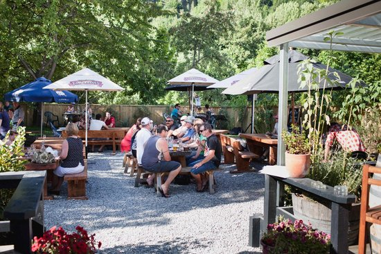 The Fork and Tap: Summer in the garden bar