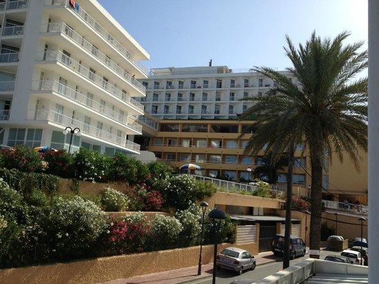 Apartamentos Cala Llonga Playa: nei dintorni