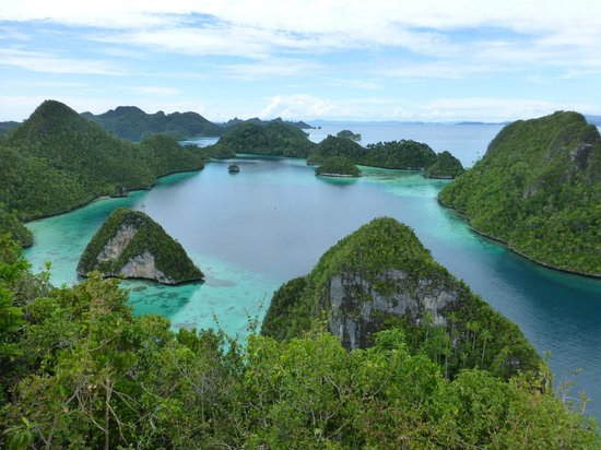 Raja Ampat, Indonesien: A view from the top #1