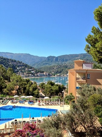 SENTIDO Porto Soller: The view when we arrived at hotel Porto Sóller