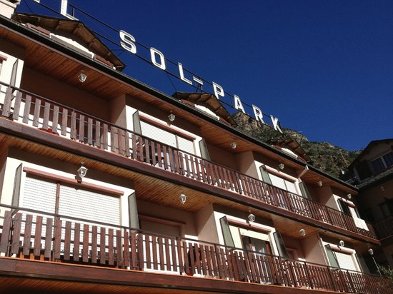 Hotel Sol-Park: hotel in the day time